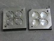 Куплю б/у формы,  пресс-формы,  штампы для литья пластмассовых изделий..